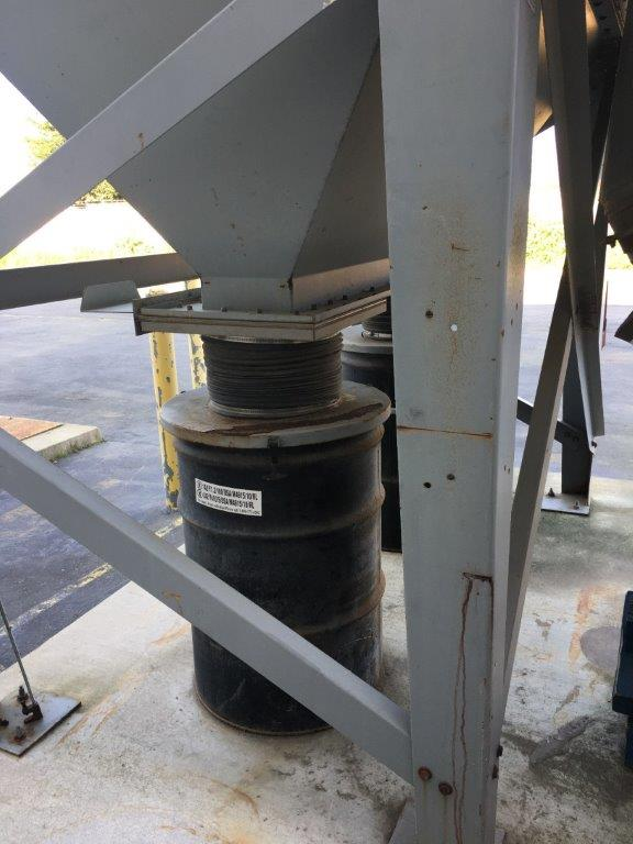 Dust Hog Supra-Blast SBD32-4H55 Hopper
