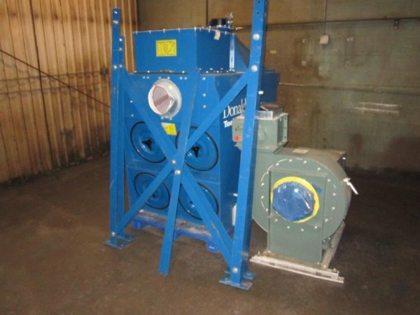 Donaldson Torit DFT2-4 with Legs and Fan